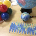 紙の地球儀